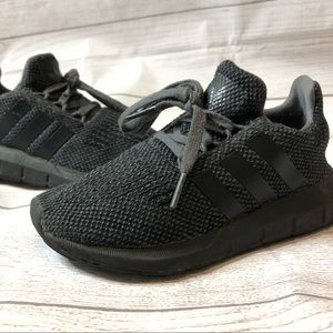 Adidas Boys Size 11 Solid Gray / Black Sneakers